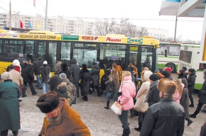 В автобус, как на бой