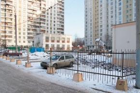 На Щорса, 2 детская площадка окажется посреди парковки