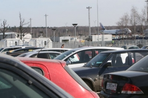 Парковкам в аэропортах велели подешеветь