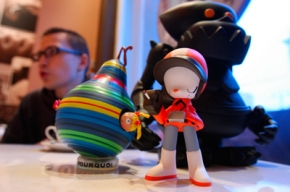 Виниловые игрушки: целый мир в квартире