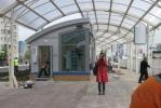 У метро «Проспект Просвещения» откроют крытую пешеходную дорогу: Фоторепортаж
