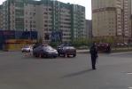 Фоторепортаж: «На углу Яхтенной и Савушкина попала в ДТП милицейская машина»