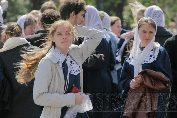 Патриарх Кирилл отслужил торжественную литургию в Исаакиевском соборе: Фото