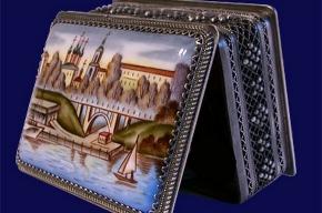 Петербуржцам покажут современную художественную эмаль
