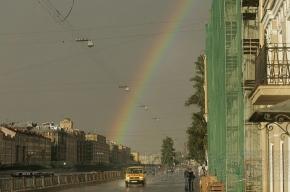 На выходных в Петербурге будет облачно и дождливо
