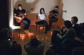 Квартирники: как организовать концерт на дому
