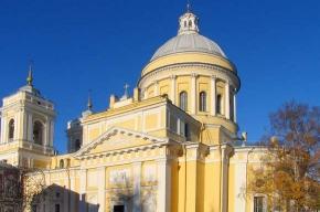 Два корпуса Александро-Невской лавры отреставрировали