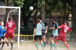 Футболисты-любители дошли до полуфиналов