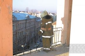 На пожарной каланче дежурит Петрович