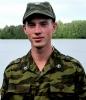 О БМВ в кустах и «спонтанном» побеге двух солдат: Фоторепортаж
