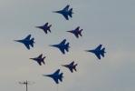 Над Васильевским островом пролетели истребители: Фоторепортаж