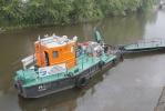 В реки Петербурга совершены крупные сбросы нефтепродуктов: Фоторепортаж