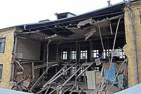 Погибшие при обрушении дома рабочие жили на стройке