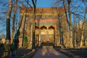 Пандито Хамбо Лама Дамба Аюшеев благословит всех желающих в Петербурге
