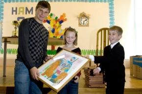 «Футбольный Царь» получил орден в Царской церкви и знак «Святой Татьяны» в детской деревне