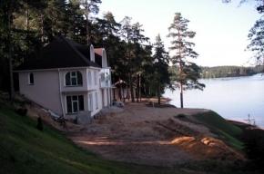 В Ленобласти – семь новых «горячих точек» борьбы с захватом озер