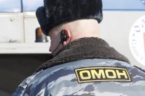 ОМОН поднял с постели нелегалов на улице Бабушкина