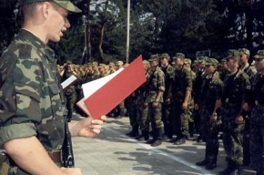 Семеро солдат покинули часть под Петербургом накануне присяги