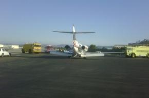 Самолет Шварценеггера совершил вынужденную посадку из-за дыма в кабине пилота