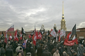 Оппозиционеры промитингуют в саду Чернышевского