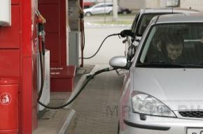 Бензин подорожал на 2%