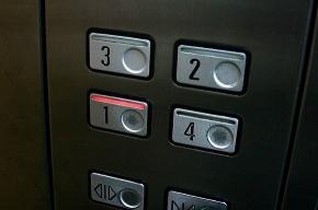 После общественной огласки в доме на проспекте Просвещения починили лифт