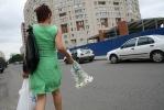 Против павильона на аллее Поликарпова подписались сотни людей: Фоторепортаж
