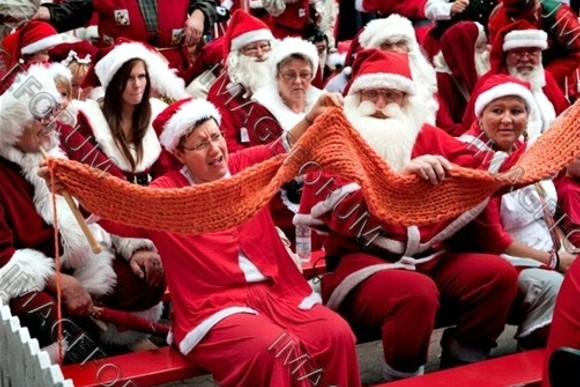 В Копенгагене проходит Всемирный Конгресс Санта-Клаусов: Фото