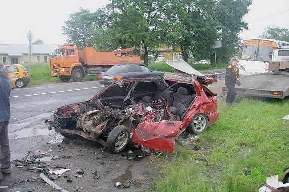 Трагедия на шоссе в Стрельне была самоубийством: Фото