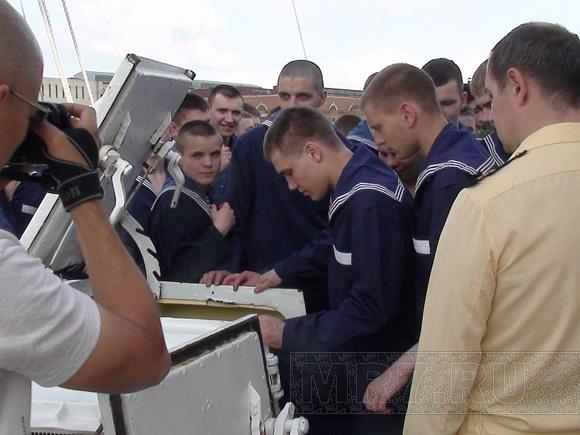 Регата: В Польше паруса «Седова» сожгли «китайским фонариком»: Фото