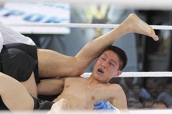 Пятый бойцовский турнир прошел у «Голландца»: Фото
