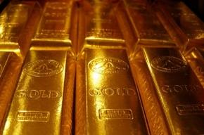 Торги по золотому слитку отложили на октябрь