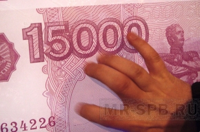 Судебного пристава поймали при получении взятки в миллион рублей