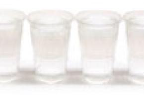 Человек должен выпивать в день до трех литров воды