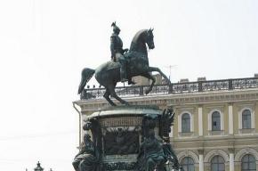 Памятник Николаю I обследуют