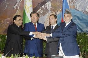 Во время визита Медведева в Душанбе прогремел взрыв