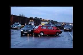 В Германии 259 машин столкнулись на одной трассе