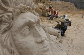 У Петропавловской крепости открывается конкурс песчаных скульптур
