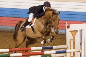 Призовой фонд конных соревнований в деревне Энколово - 4,5 миллионов рублей