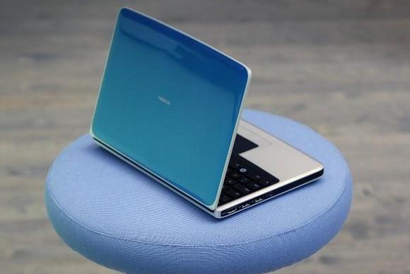 Первый нетбук Nokia: Фото