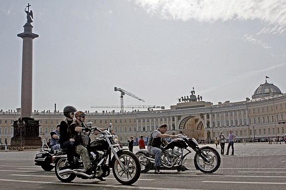 В Петербурге прошел фестиваль байкеров: Фото