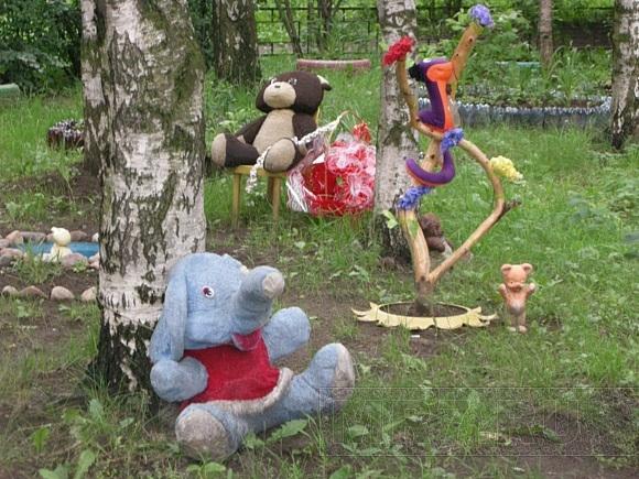В нашем районе - мода на плюшевые зоопарки: Фото