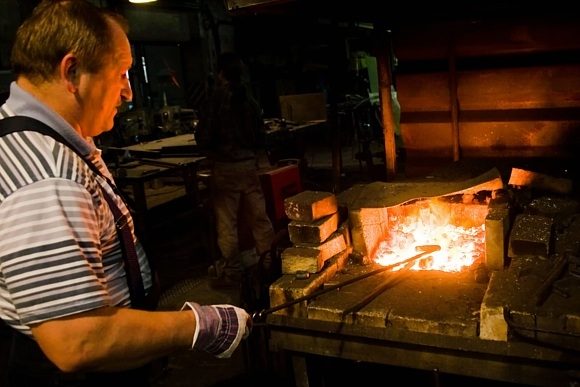 В кризис от кузнецов ждут чудес: Фото