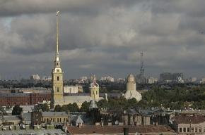 На территории Петропавловской крепости разбился парашютист