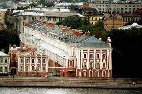 Особый статус МГУ и СПбГУ узаконят