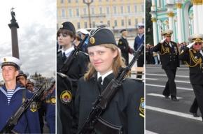 На Дворцовой – торжественная церемония принятия присяги