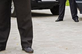 Охранники Медведева расцарапали лицо бесланской женщине