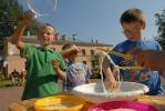 Соседское застолье в Тургеневском переулке собрало две сотни человек: Фоторепортаж