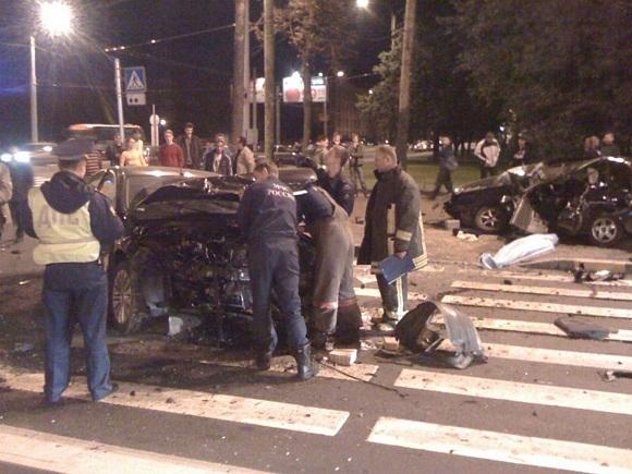 Кто виноват в ДТП на Светлановском? Нужны свидетели: Фото