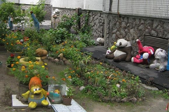 На Морской набережной есть «игрушечный» двор: Фото